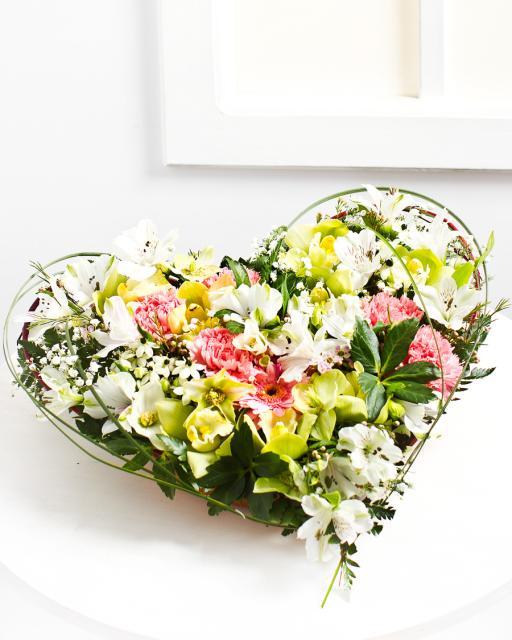 Heart-Shaped Flower Arrangement in Bright Colours