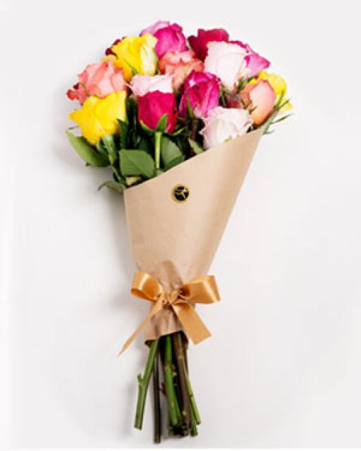 WHOLESALE - TALLINN/TARTU SEMICOLOR ROSES IN BOUQUET. Choose the amount(min. quantity 10 bouquets)